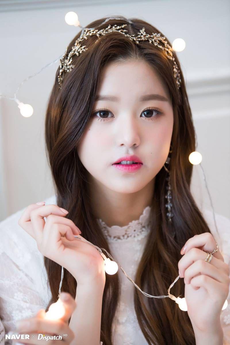 Iz One Wonyoung Dispatch Maknae Christmas Photoshoot By Naver X Dispatch Cute Korean Girl Girl Ulzzang Girl