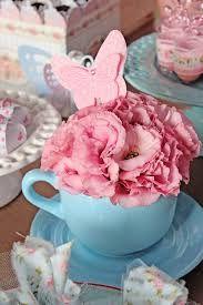 Resultado de imagem para festa infantil flores e borboletas
