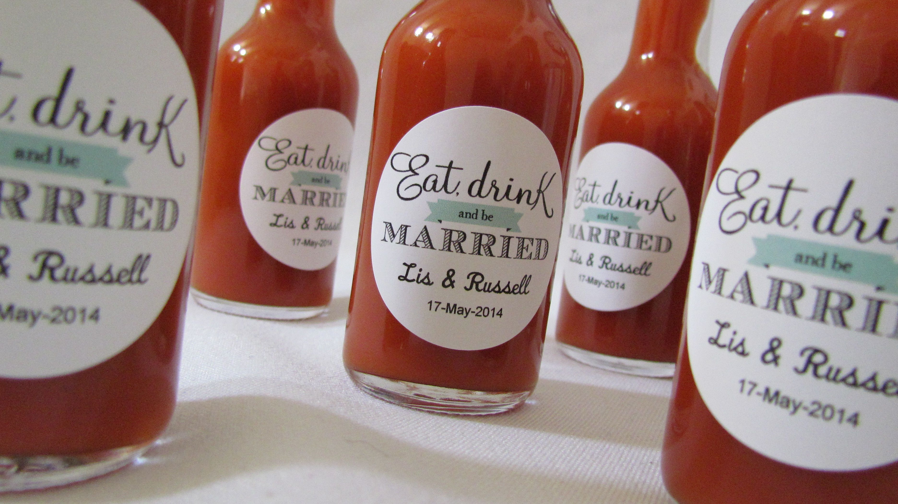Eat, Drink and be Married! Hot sauce favors... retro teal or rose ...