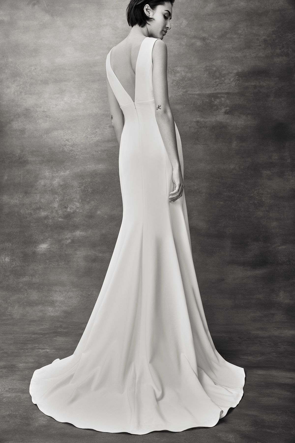 Best wedding dresses for short waisted  Heidi Klum Had The Best Halloween Costume  Wedding Dresses