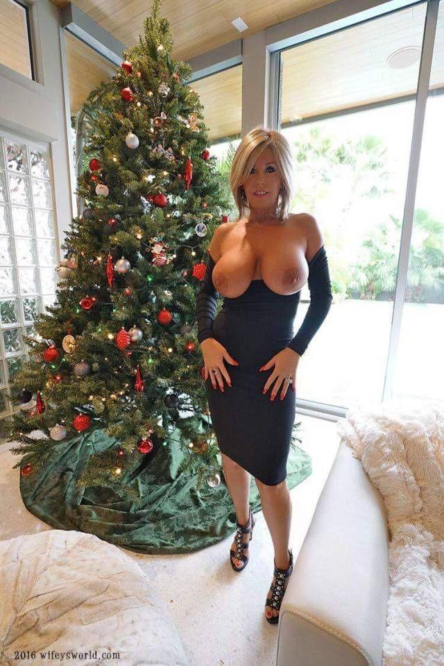Wifey boobs christmas