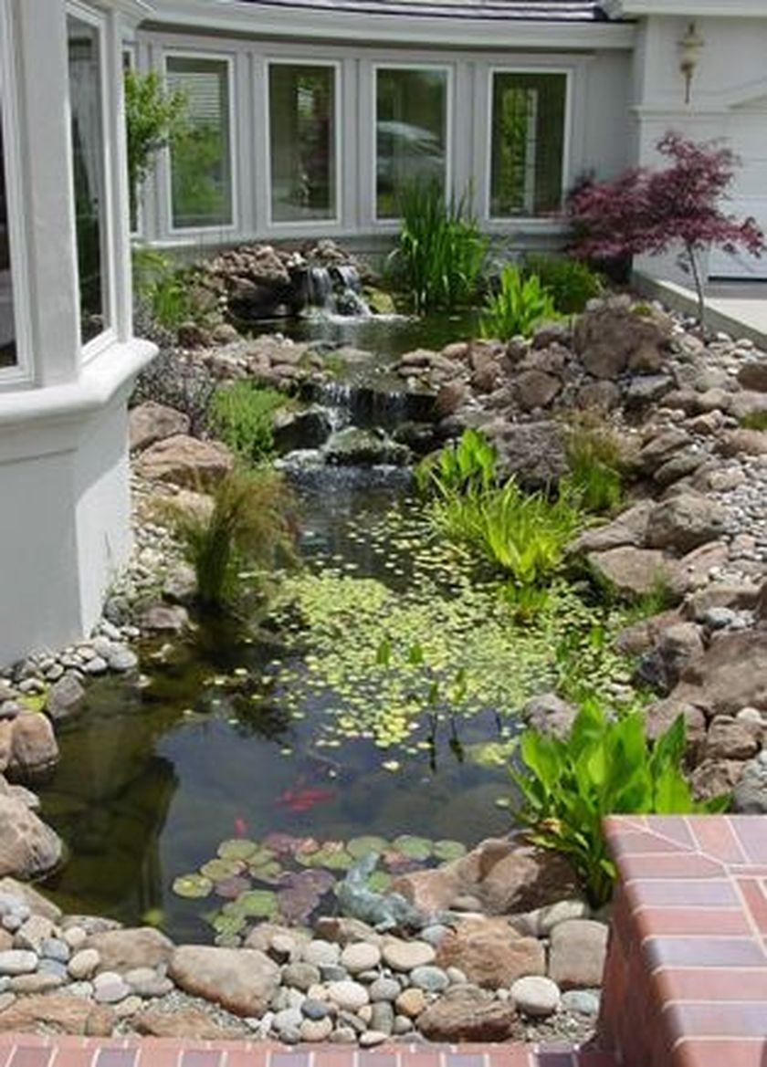 50 beautiful backyard fish pond garden landscaping ideas for Beautiful small ponds