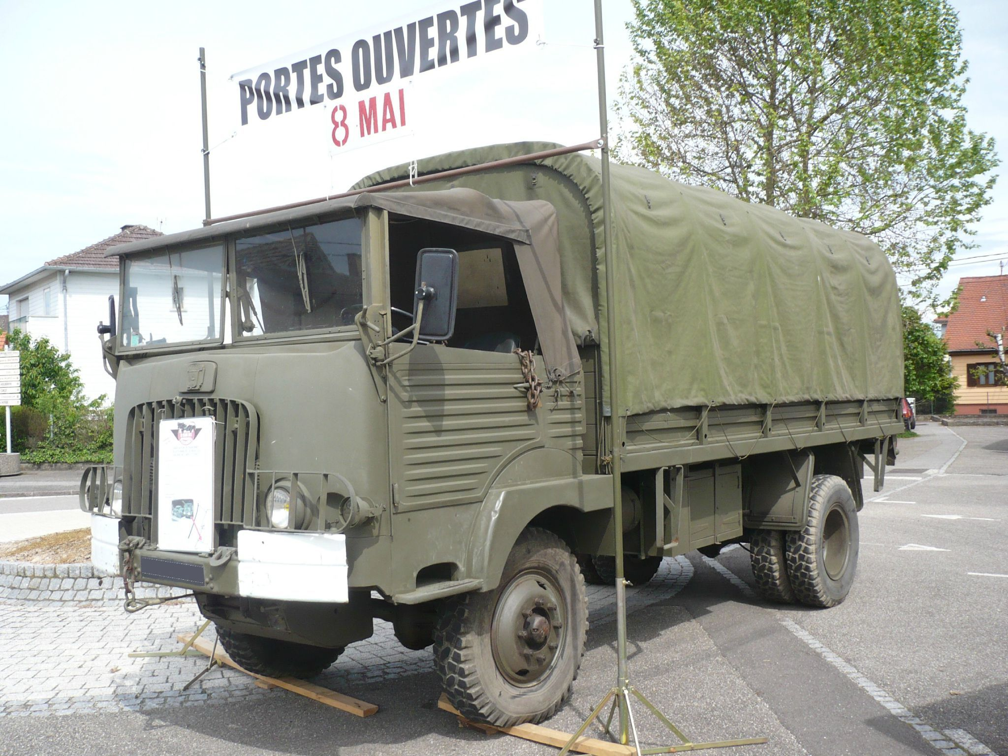 simca cargo f594 wn 4x4 3 tonnes simca pinterest v hicules militaires vehicule et militaires. Black Bedroom Furniture Sets. Home Design Ideas