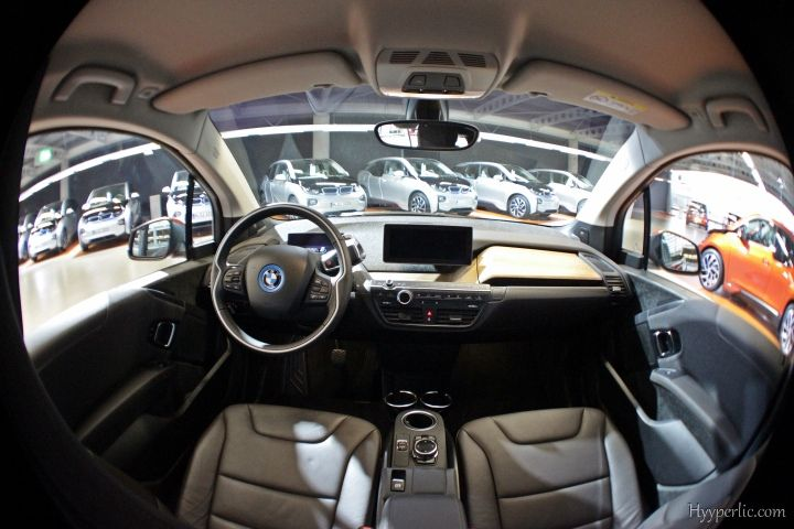 Wideangle fisheye ansicht des bmw i3 interior mit for Interieur i3