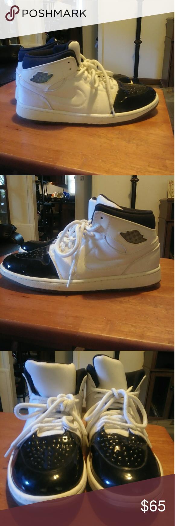 Air Jordan 95 Retro Shoes. Good condition Size 11 Retro