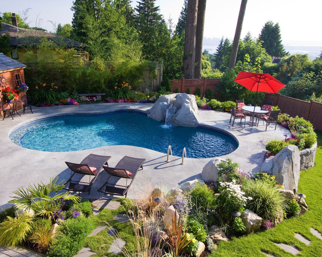 View The Master Pools Guildu0027s Photo Gallery Of Residential Freeform Pools  And Spas. Build The Pool Or Spa Of Your Dreams With A Master Pools Guild  Member.