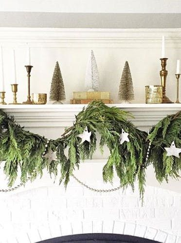 50 Fabulous and Simple Holiday Decorating Ideas HOLIDAY DECOR - simple christmas decorating ideas