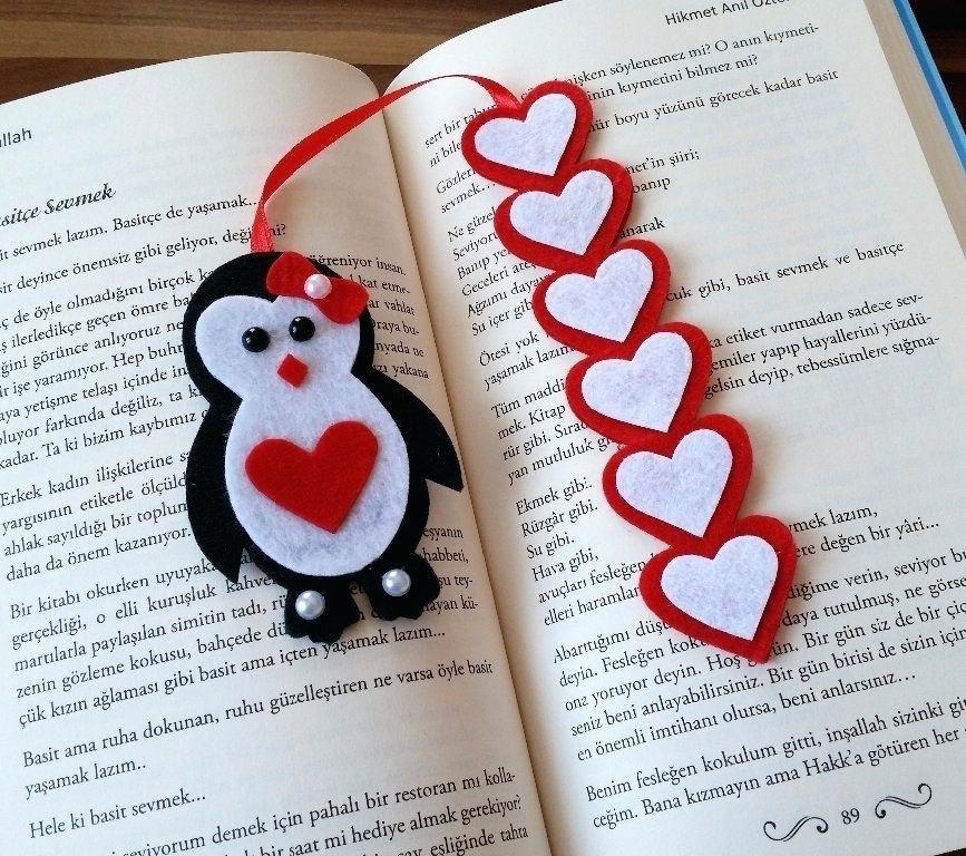 Book Mark Ideas A Felt Bookmark Ideas To Make Valentine Crafts For Kids Bookmarks Handmade Valentine Crafts
