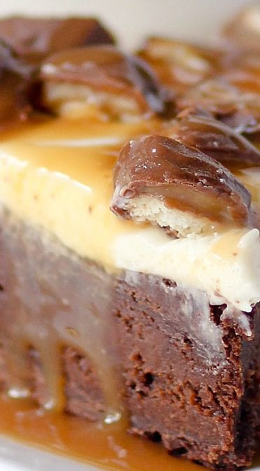 Twix Brownie Cheesecake | BEST Cheesecakes | Pinterest ...
