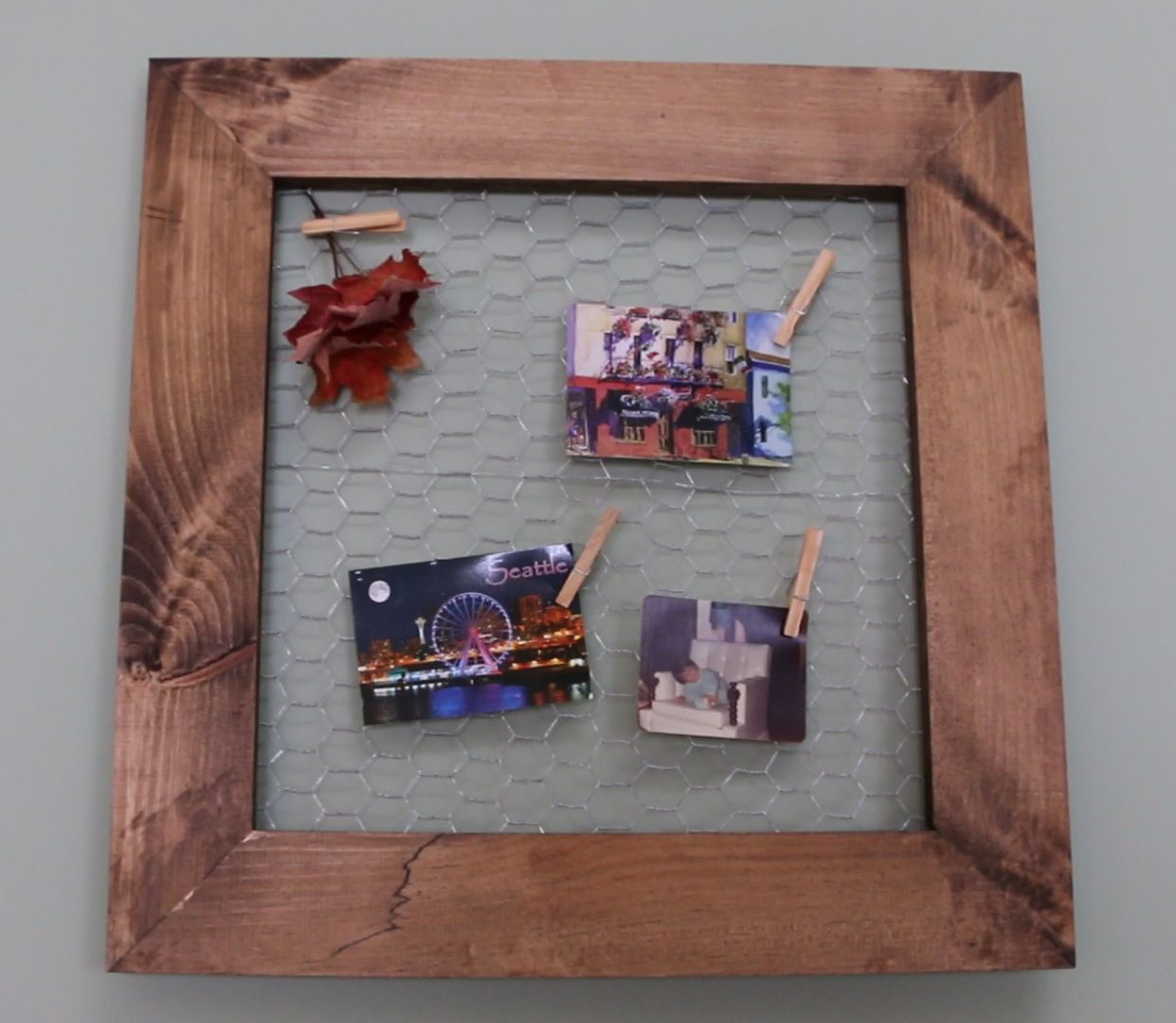 Make your own DIY Rustic Wire Frame! Hang any sized photos ...