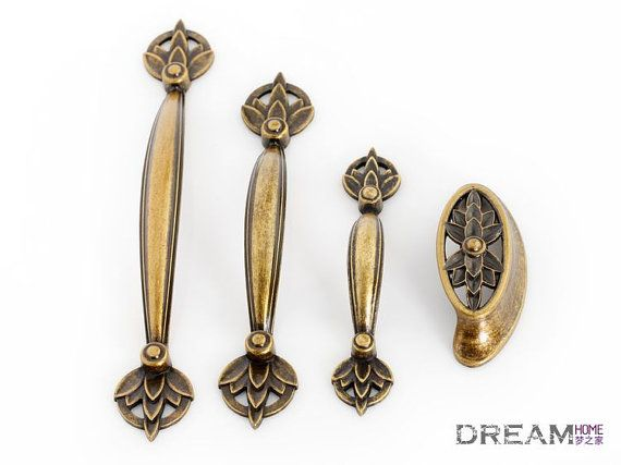 Lovely Vintage Look Drawer Pulls Country Style , Antique Brass Finish Metal  Furniture Knobs Door Knocker /