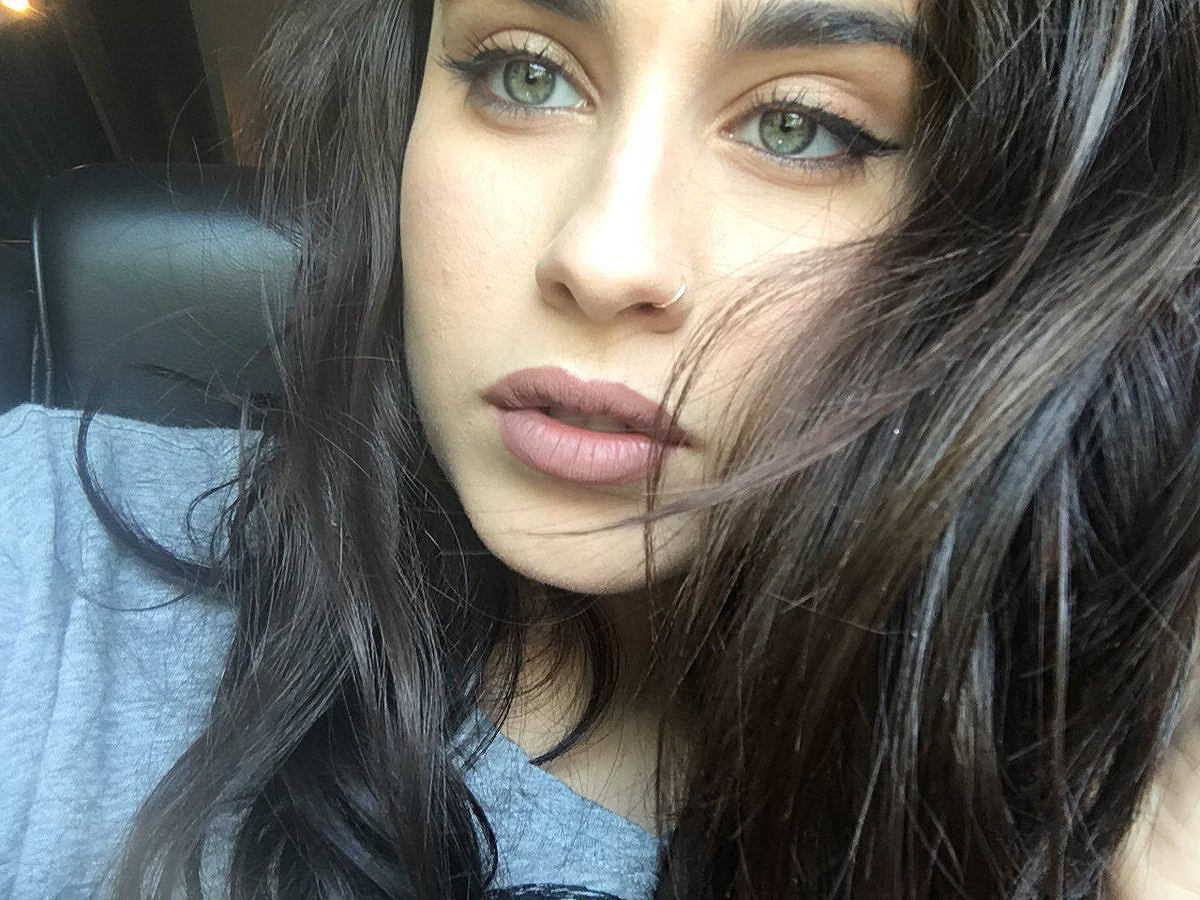Celebrities with nose piercing  Lauren Jauregui  cele  Pinterest