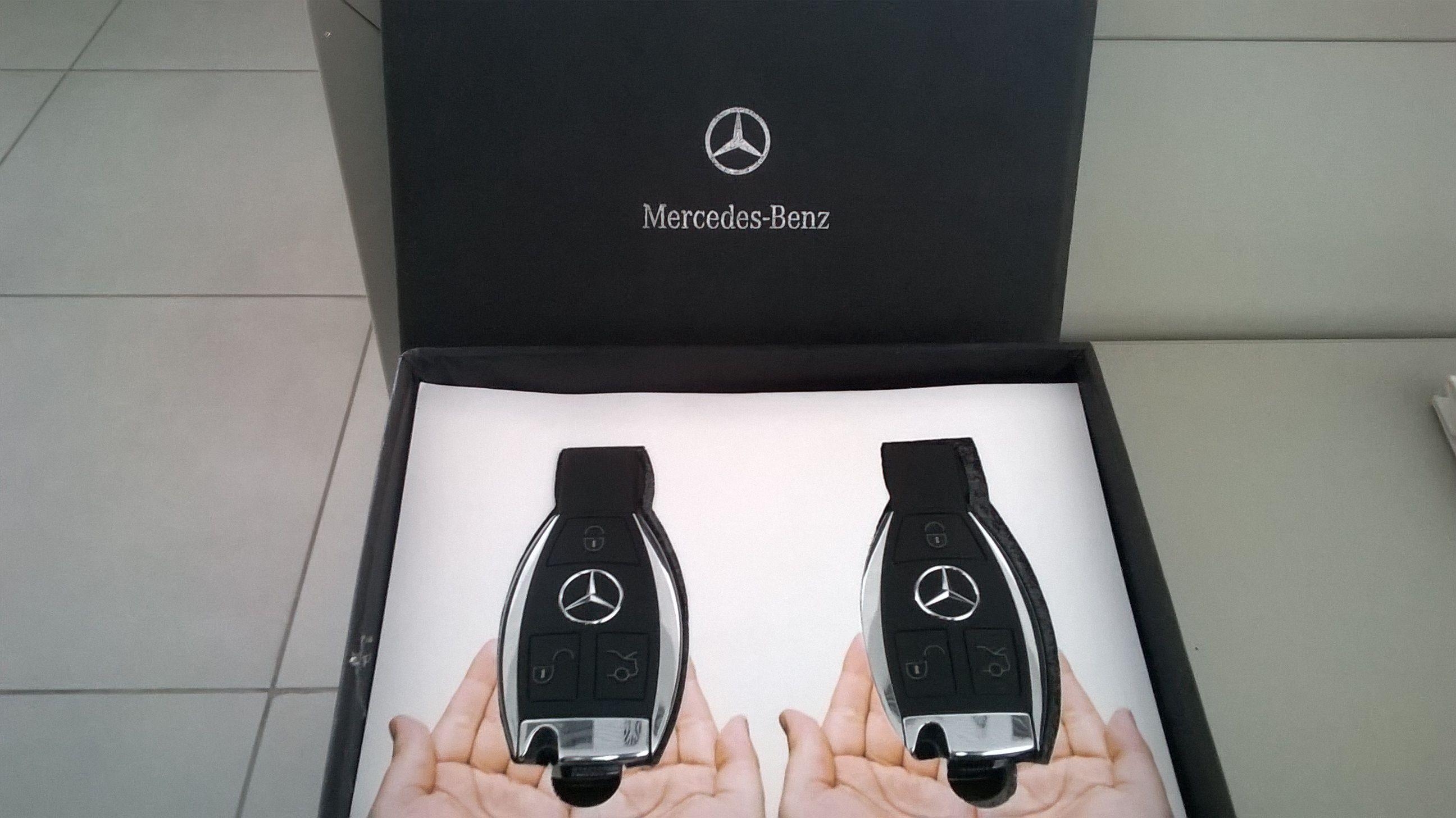 Mercedes benz c220 key box cars pinterest for Key mercedes benz