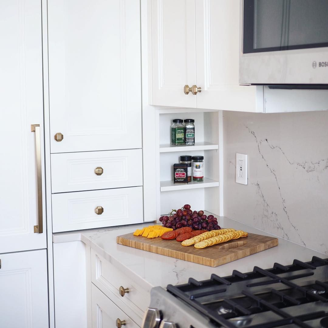 The Most Must Be Made Of Every Inch Counts In A Nyc Kitchen Kitchen Kitchen Cabinets Interior