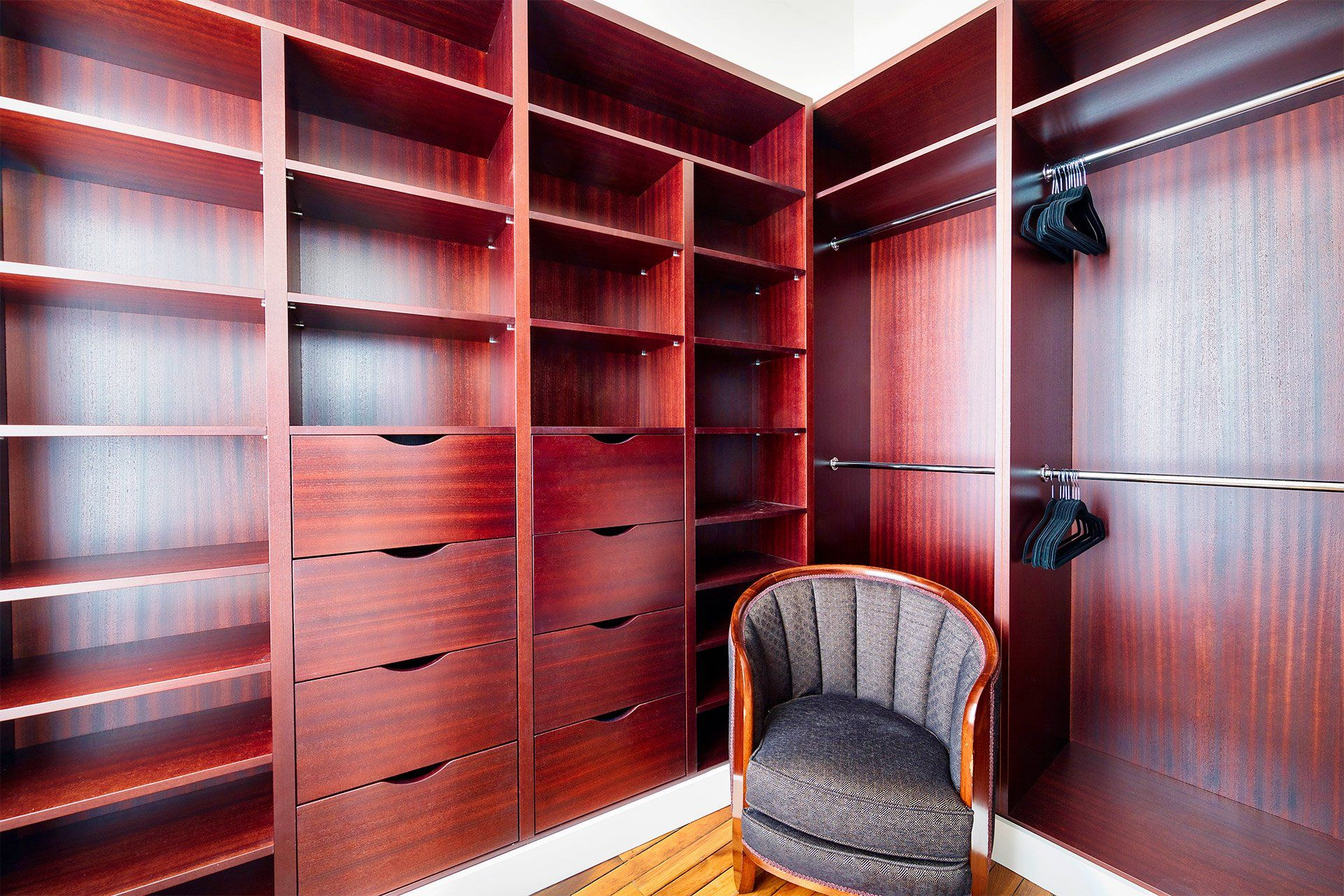Elegant walk-in closet off of the firstbedroom in 2020 ...