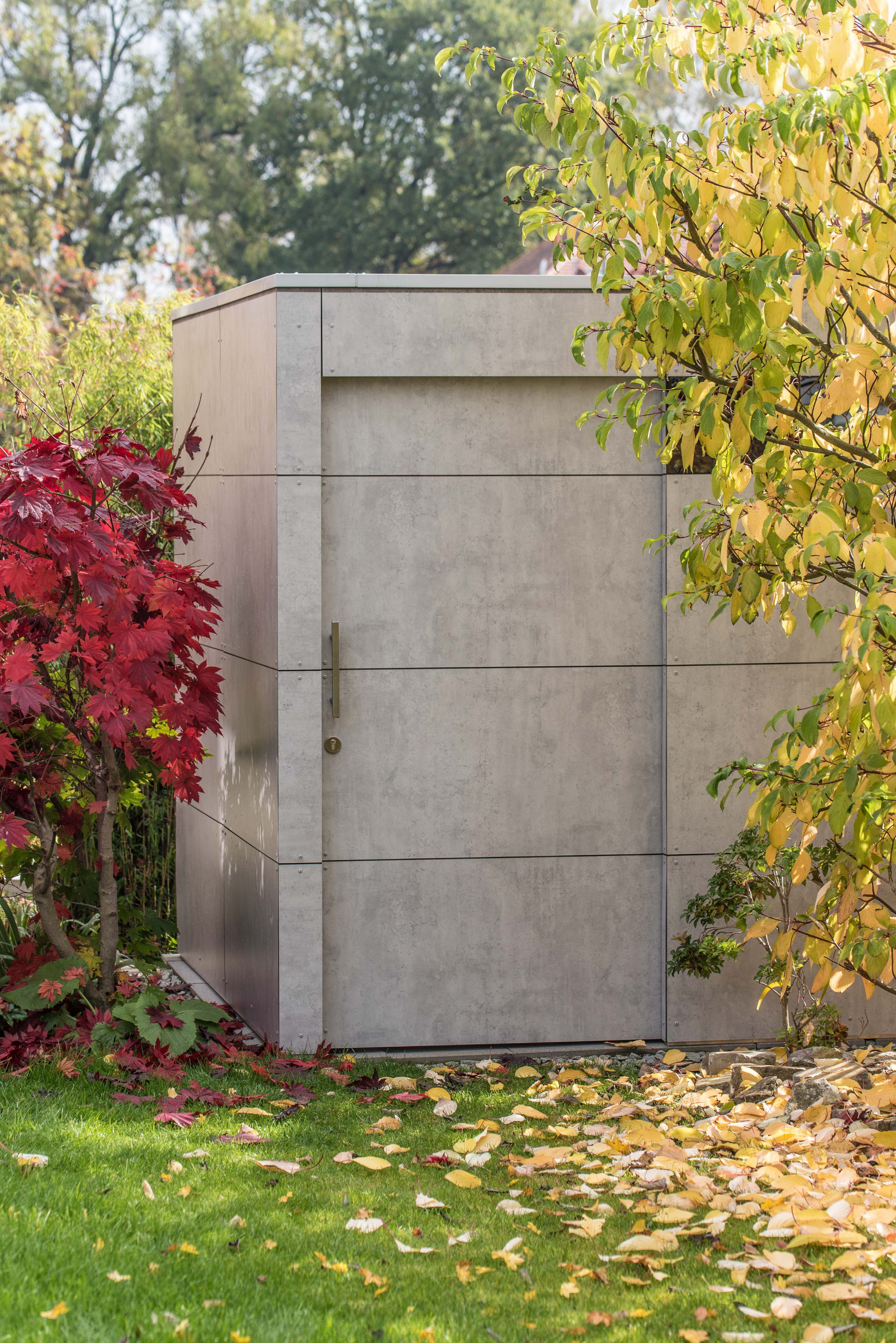 Gartenhaus mit Flachdach - verdeckte Wasserführung, HPL-Fassade ...