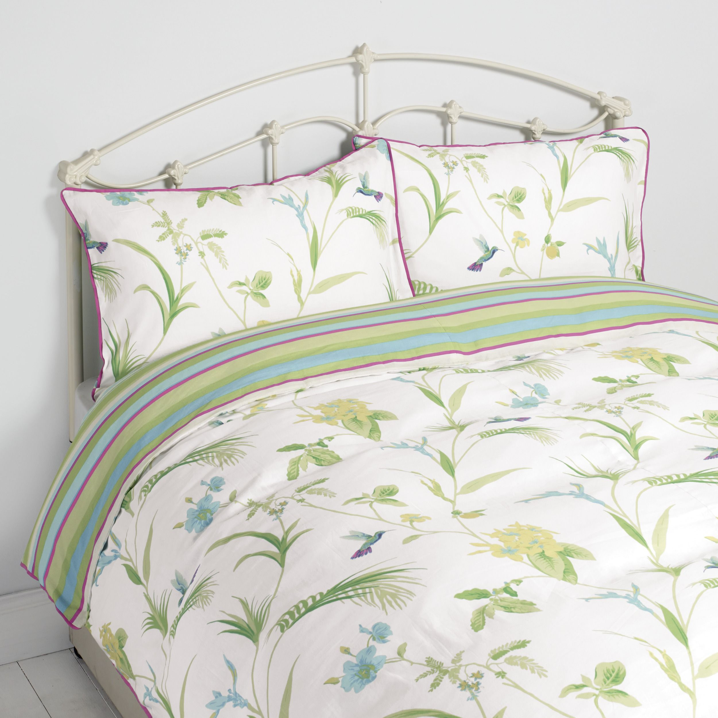 orchid print duvet at laura ashley home home. Black Bedroom Furniture Sets. Home Design Ideas