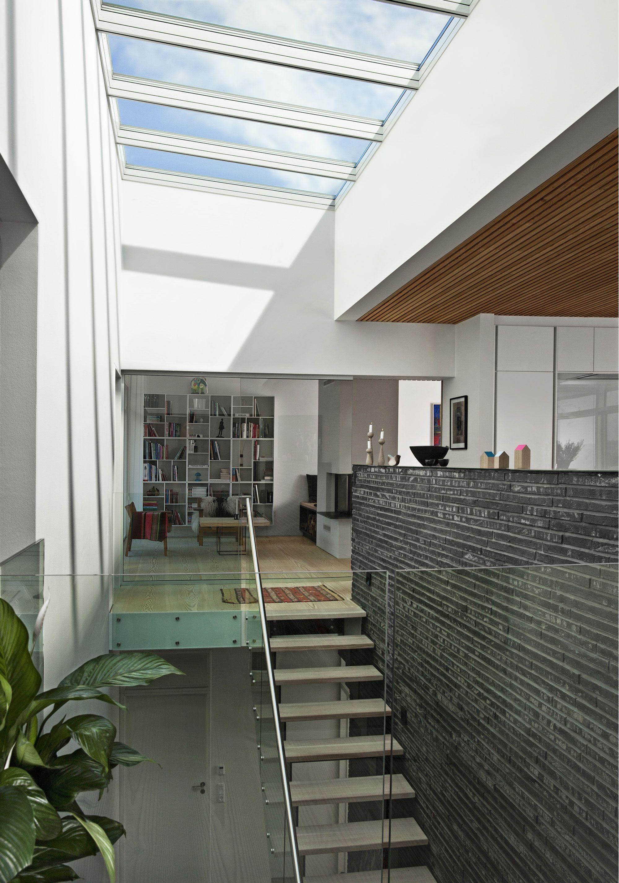 gr ce aux technologies velux la lumi re naturelle n a. Black Bedroom Furniture Sets. Home Design Ideas