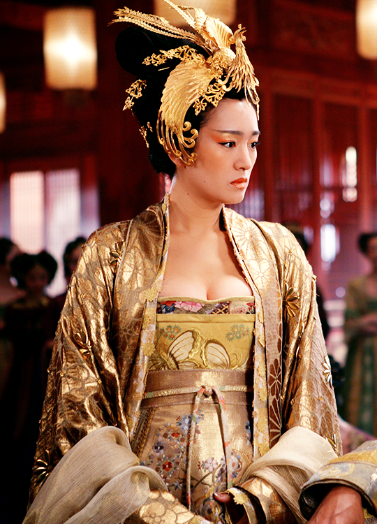 "Gong Li in 'Curse of the Golden Flower' (2006). "" Love"