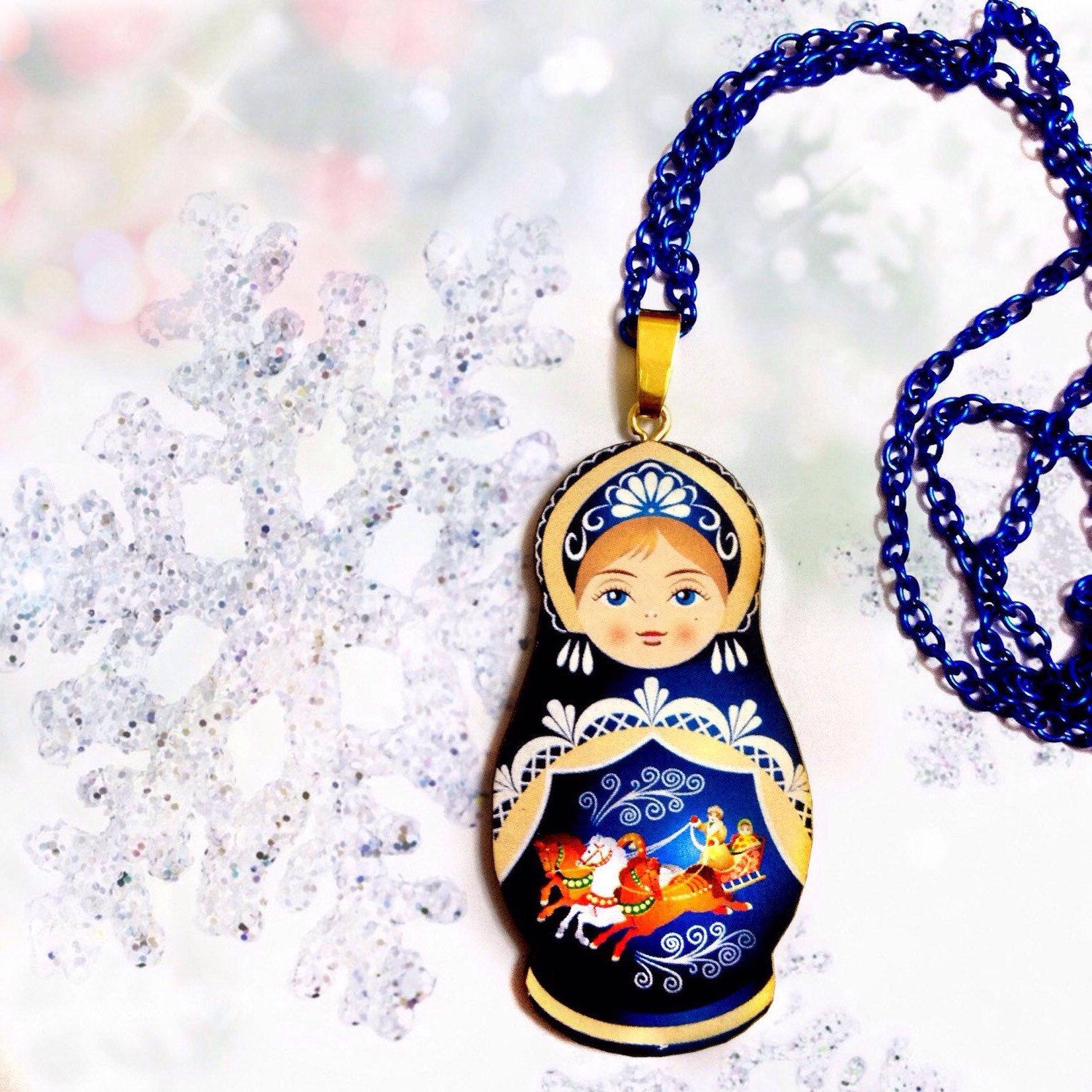 Beloved ethnic symbol Matryoshka Russian Doll Blue Folk Pink Colorful Floral Decorations Long Ball Chain Statement Necklace Red