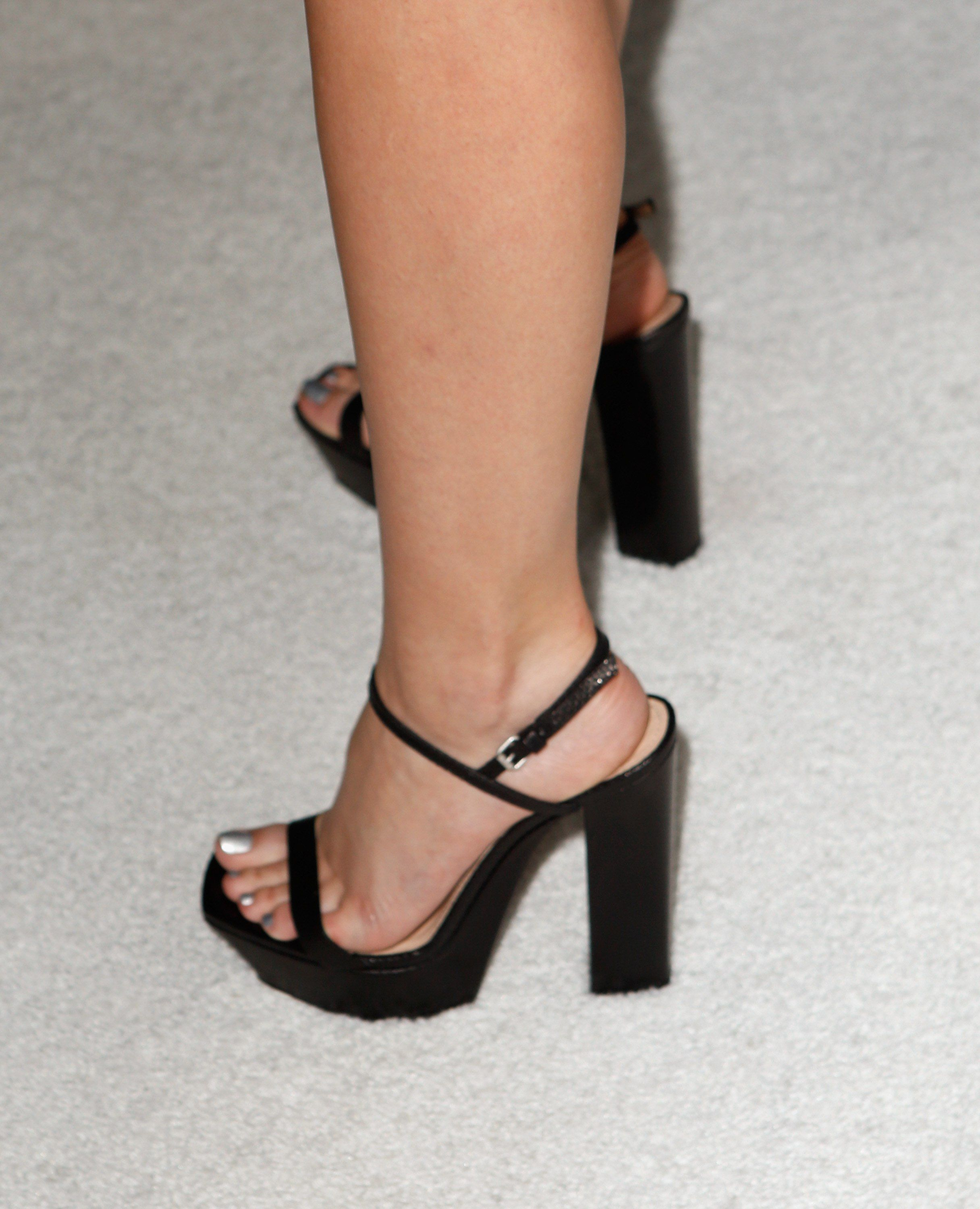 4b435456c47 emma watson s heels at the women in hollywood event.  shoeporn ...