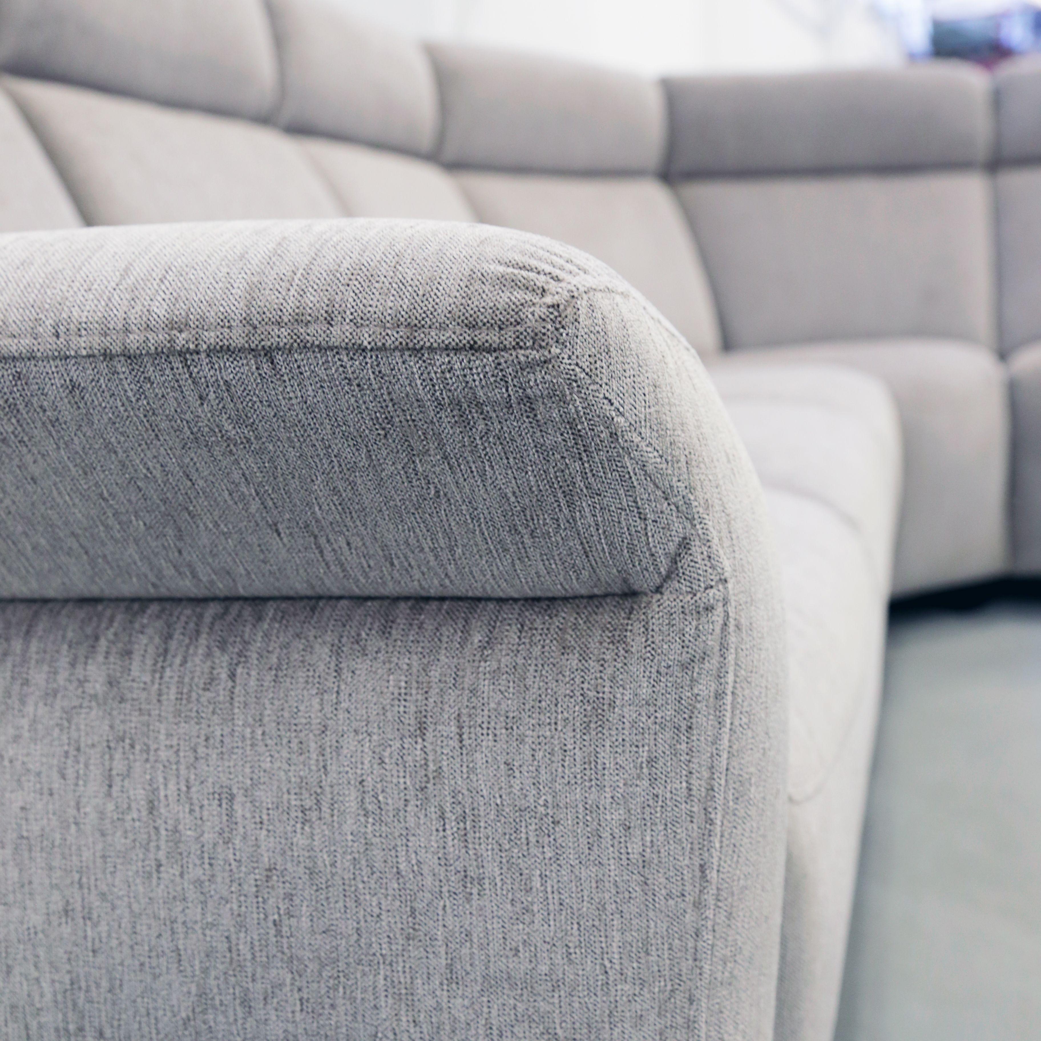 Käsintehdyt yksityiskohdat käsinojassa   Handmade details on the armrest  #pohjanmaan #pohjanmaankaluste #käsintehty