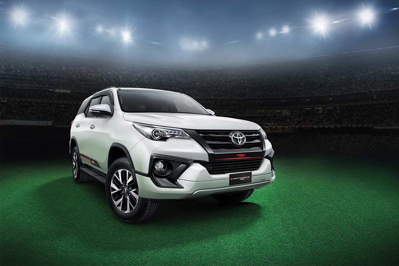 New Toyota Fortuner Trd Sportivo Launched In India Price Features Specifications Brochure All Details Of The Special Edition Are Her Trd Toyota Toyota Cars