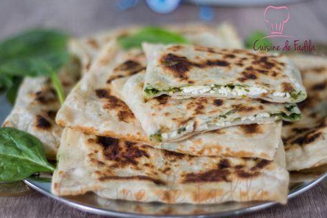 Gözleme galette turque farci, des galette très populaire en Turquie facile à réaliser et savoureuse, garnis d'épinard et fromage ou autres.