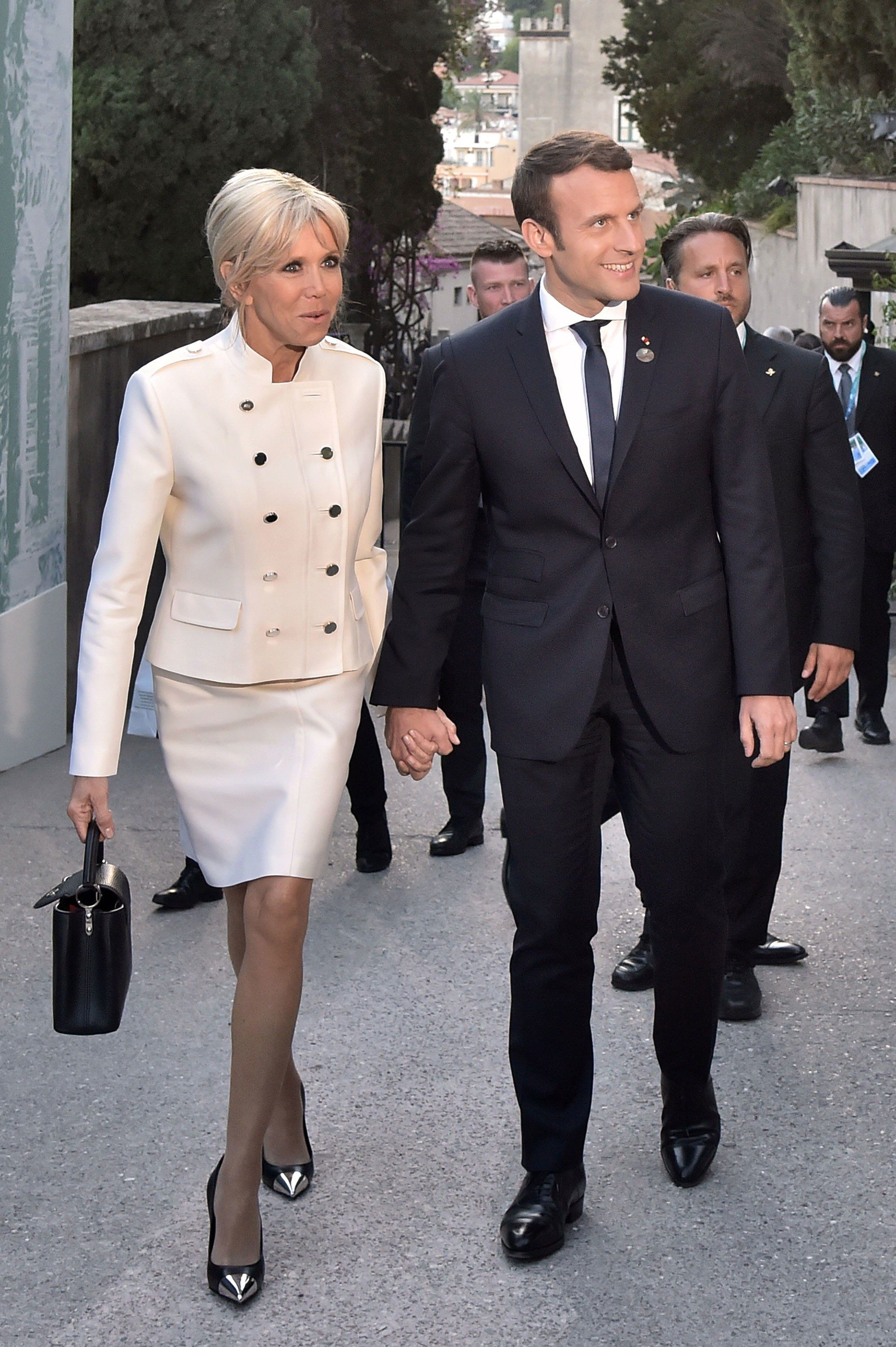 Brigitte Macron S Jaw Dropping Legs Prove That In France Age Is Just A Number French First Lady First Lady Gamine Style