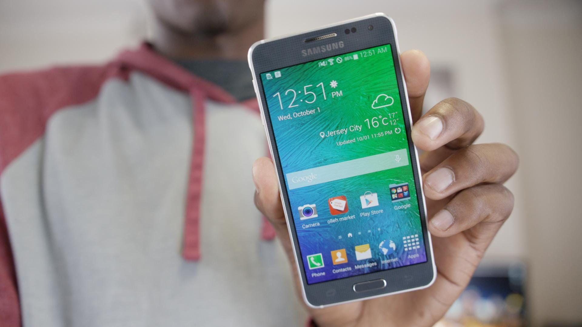 Samsung Galaxy Alpha Video Review by MKBHD (With images