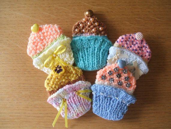 CUPCAKE BROOCHES pdf knitting pattern | Pdf knitting ...