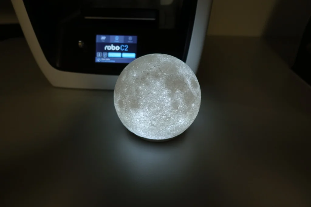 High Detailed Moon Lamp By Moononournation Thingiverse Lamp Maker Project Moon