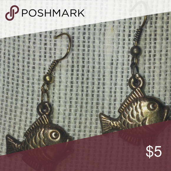 Fish, Owl,  And Turtle Earrings 🐢🐢🐢 Includes all three sets of earrings. Jewelry Earrings