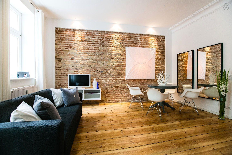 mur de brique rouge interieur perfect bois fentre maison mur rouge faade brique design. Black Bedroom Furniture Sets. Home Design Ideas