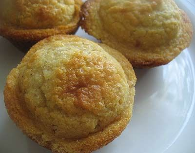 Cornmeal Honey Muffins | Lisa's Kitchen | Vegetarian Recipes | Cooking Hints | Food & Nutrition Articles