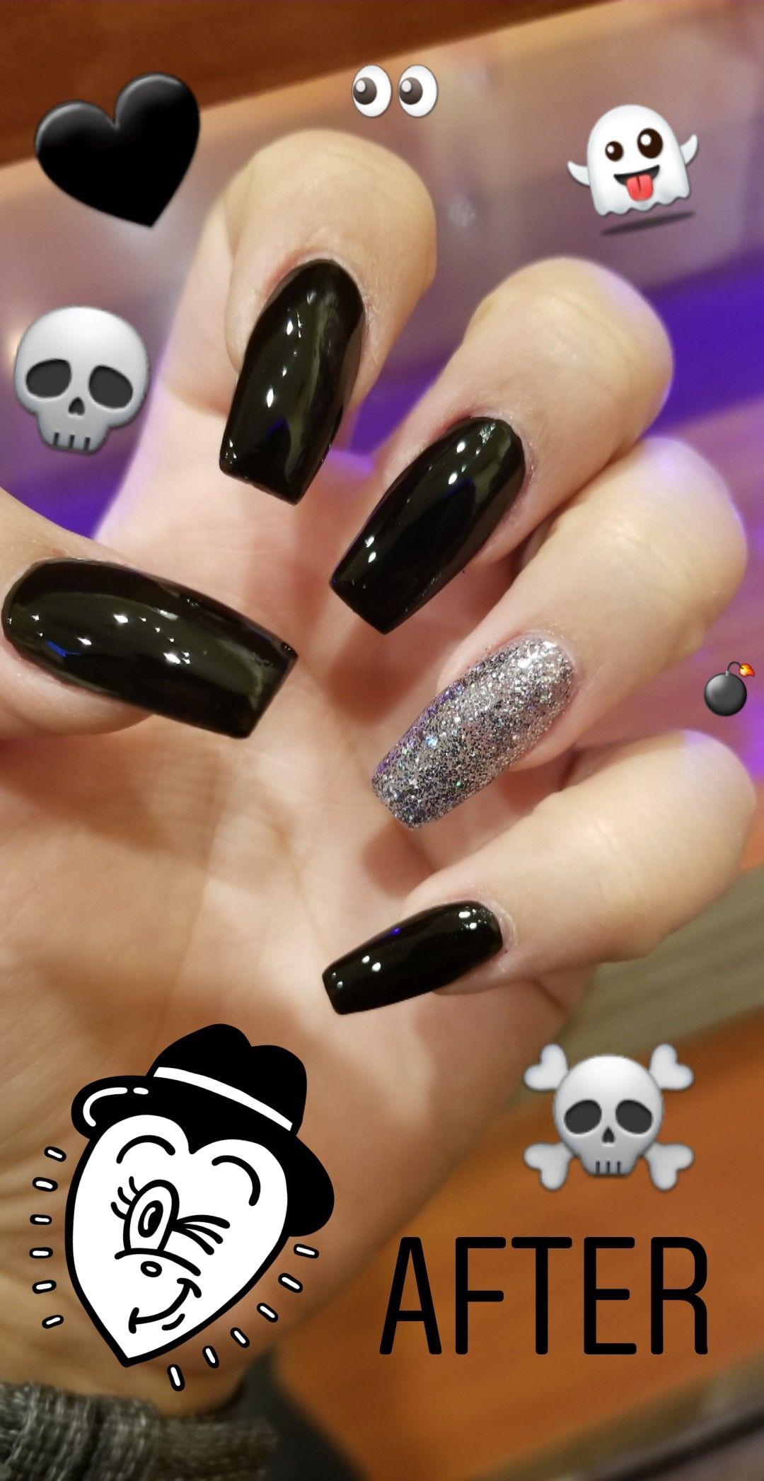 Nail Shape Coffin Color Black With Glitter Silver Length Long Season Halloween Black Nail Designs Nail Shapes Nail Designs Glitter