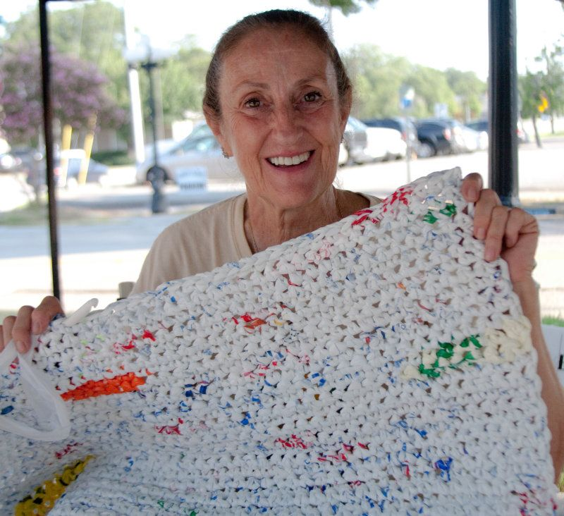 Plastic Bag Mats For Homeless Pictures Sleeping Mats For The