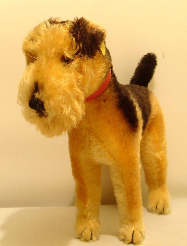 "1950's Steiff ""Terry"" fox Terrier, US Zone Germany. (hulabar/Ebay)"