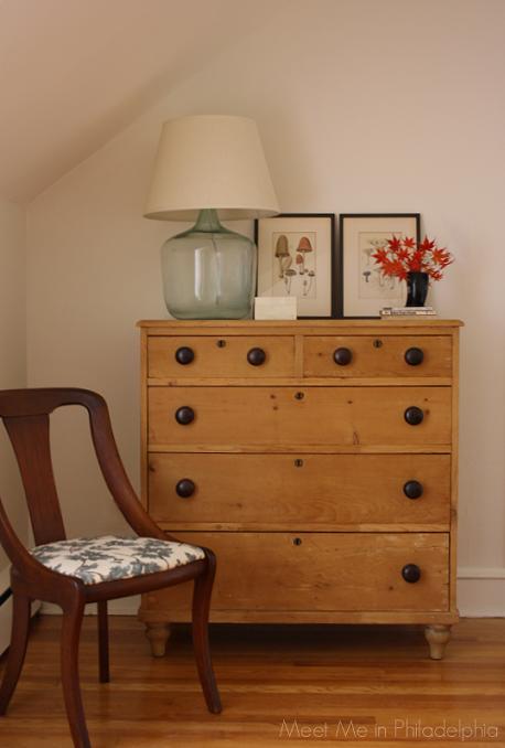 Meet Me In Philadelphia My Latest Craiglist Finds Pine Bedroom Furniture Pine Bedroom Country Bedroom Furniture