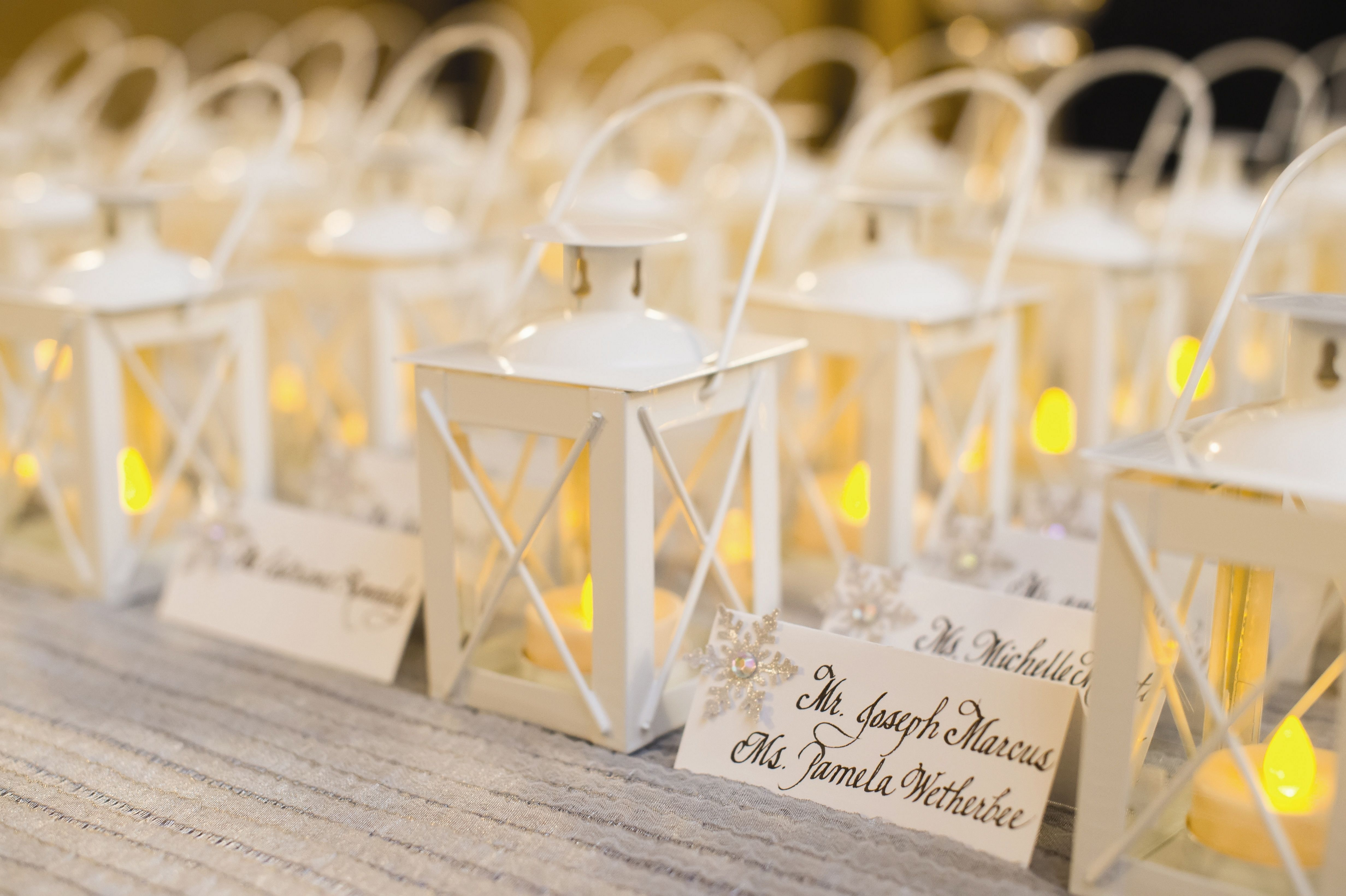 22 Best Wedding Favors Style Ideas You Need To Know Creative Wedding Favors Best Wedding Favors Bridal Shower Favors