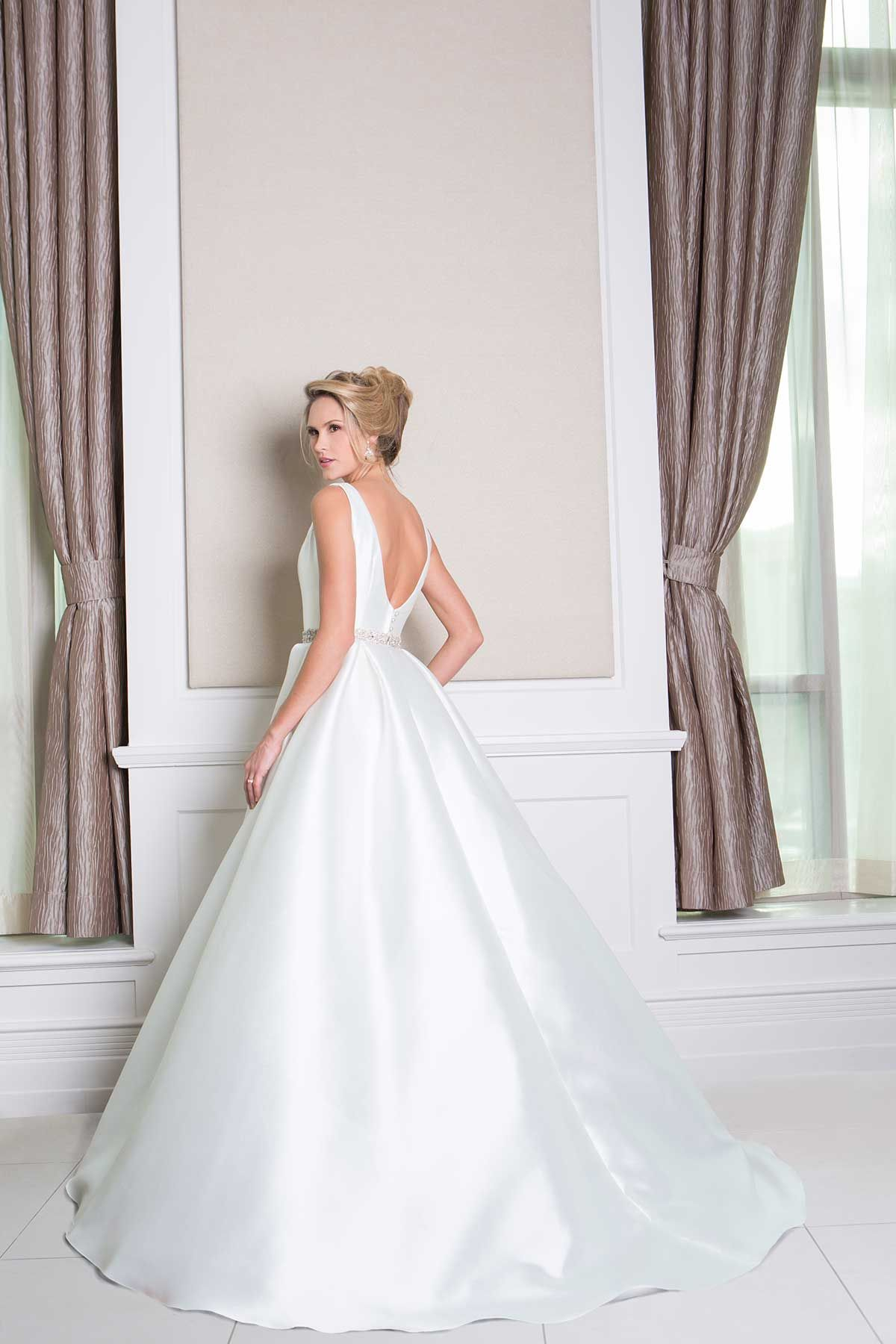 Charlotte (back) | Wedding dresses | Pinterest | Charlotte, Wedding ...