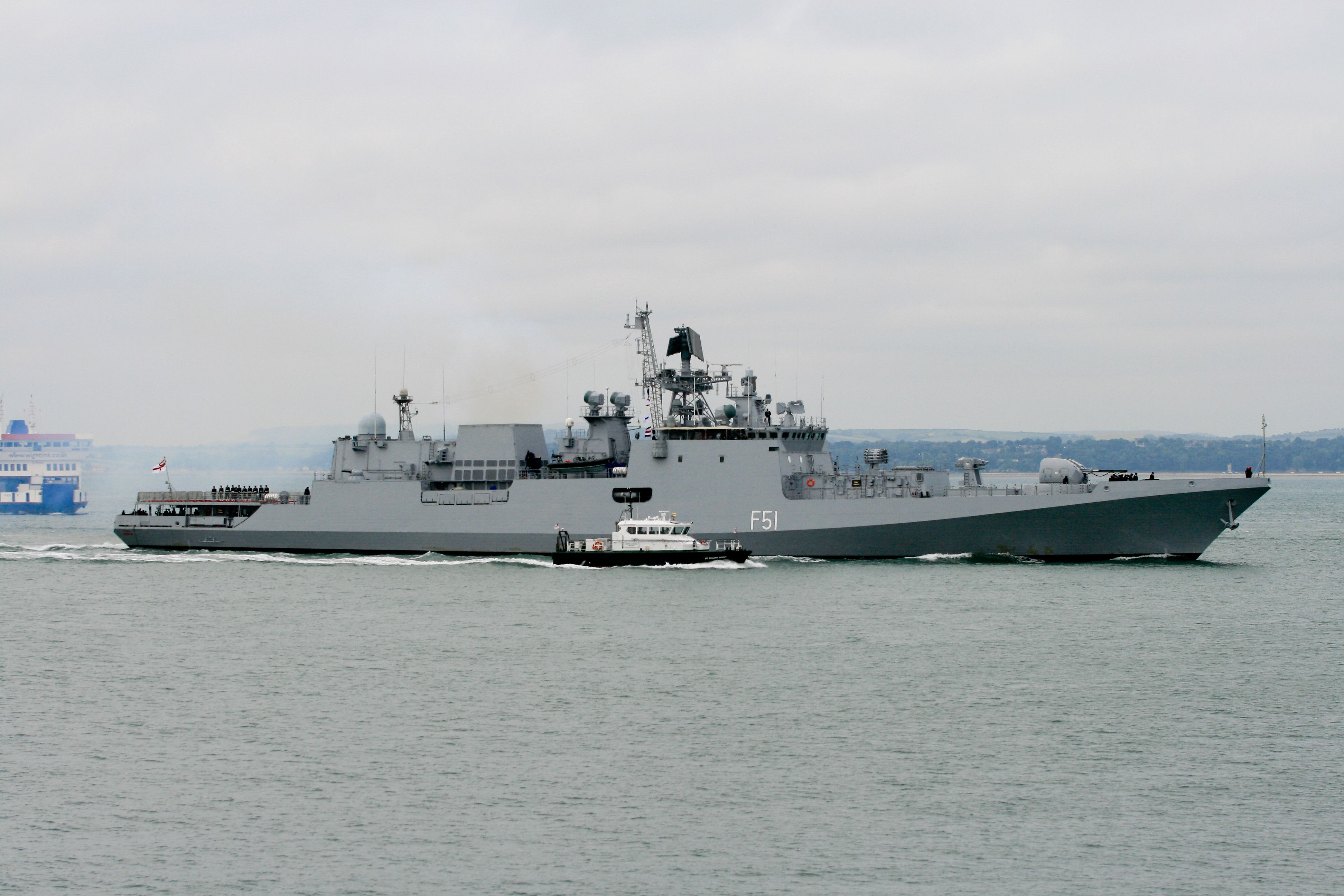 The Beautiful Ins Trikand A Talwar Class Frigate Of The Indian Navy Warship Indian Navy Navy Ships