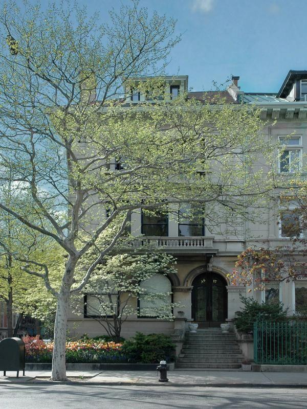Jennifer Connelly's Limestone Mansion in Brooklyn