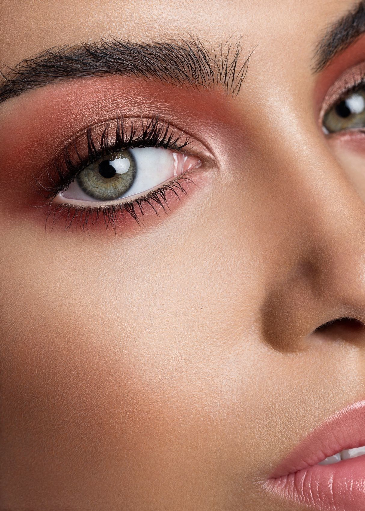 What Are The Best Eye Makeup Colors To Make Brown Eyes Pop