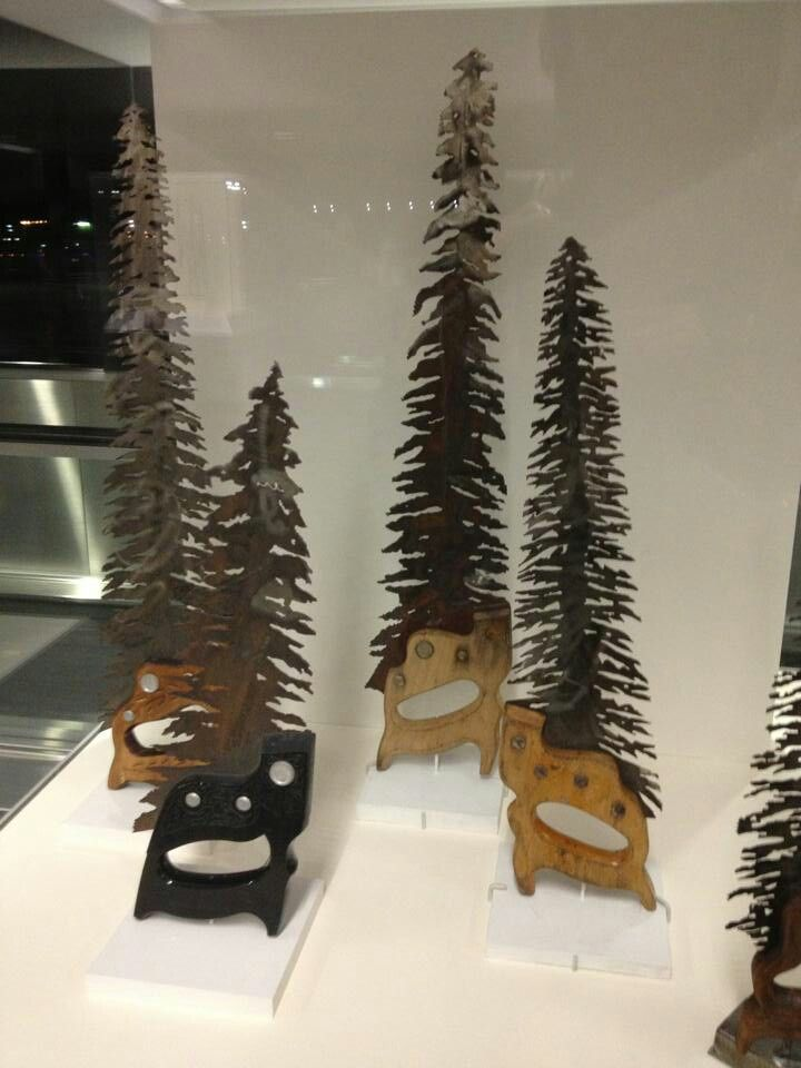 Spruce trees cut from old saw blades things you can for Things you can make with horseshoes