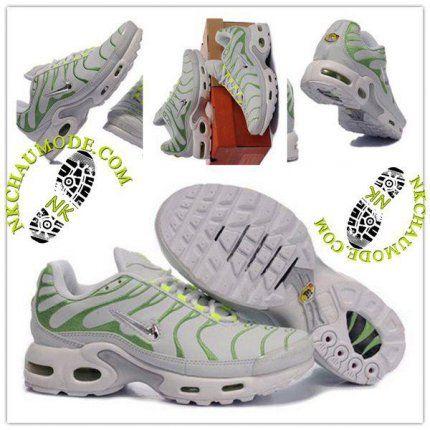 new concept d1a8d 7d5f2 Montante   Nike Chaussure Sport Air Max Tn Requin Femme Gris Clair Vert