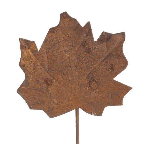 Rusty Metal Maple Leaf Pick