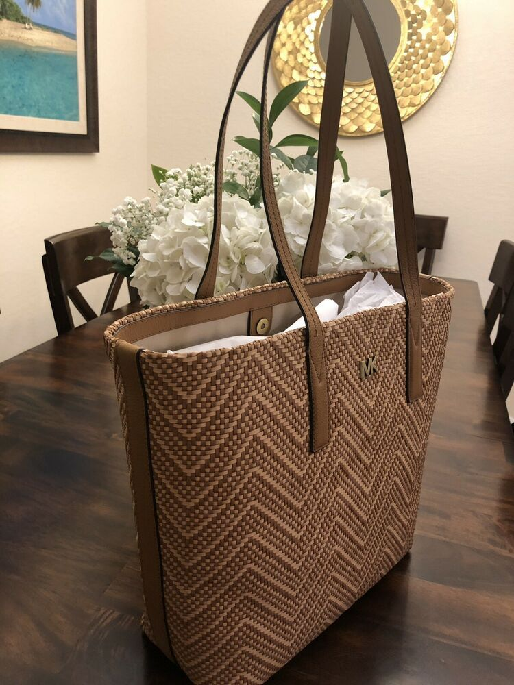 300a507a804b NWT Michael Kors Junie Chevron Leather Tote Bag Acorn/Butternut/Gold Beach  Bag. Condition is New with tags. Shipped with USPS Priority Mail. Perfect  beach ...