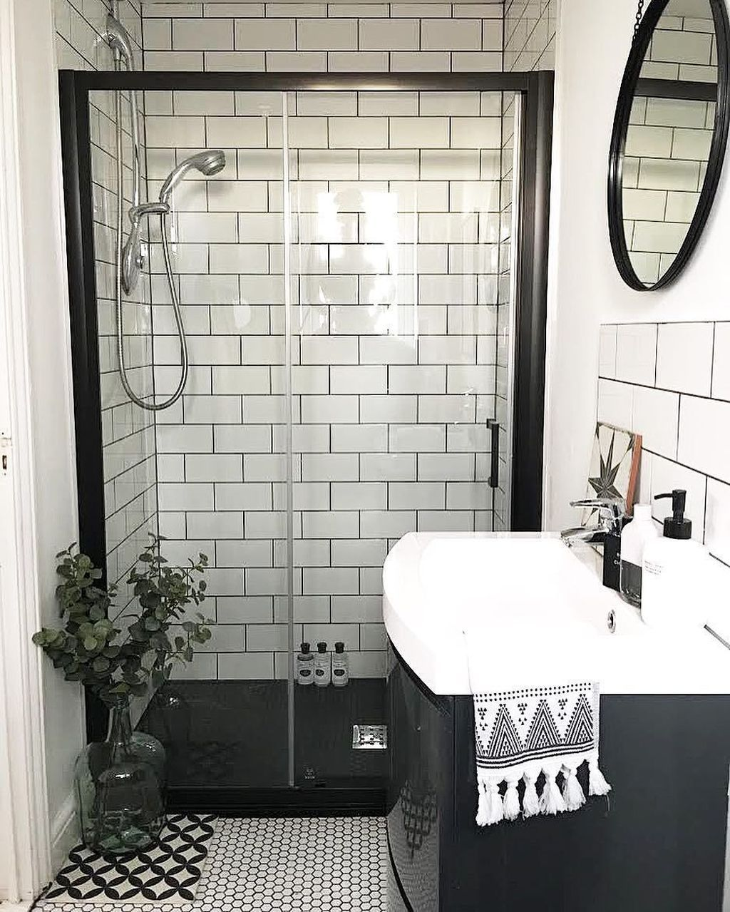 39 Awesome Small Bathroom Remodel Ideas On A Budget Bathrooms Remodel Small Bathroom Remodel Bathroom Remodel Master