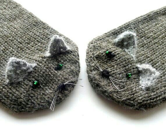 Kitty mittens♥